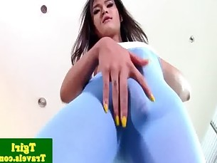 Asian tranny Natty anal plays with dildo
