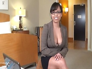Autumn&#039_s Asian Desire:  New Client Blowjob