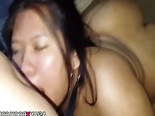 Deep throat fuck for asian babe