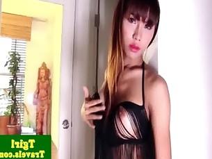 Big booty ladyboy Rita wanks her cock